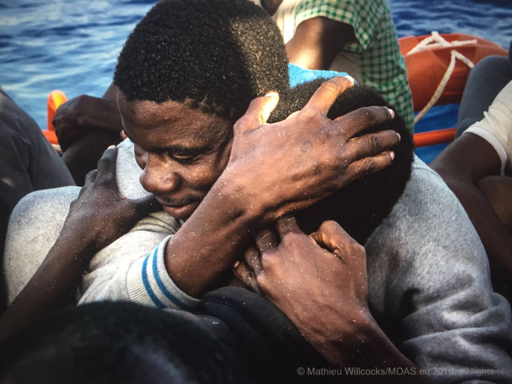 Rescuing migrants in the mediterranean sea emergency be for Ospitare in casa